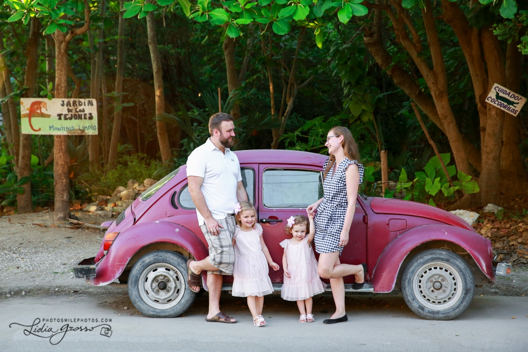 family portrait photographer Puerto Morelos