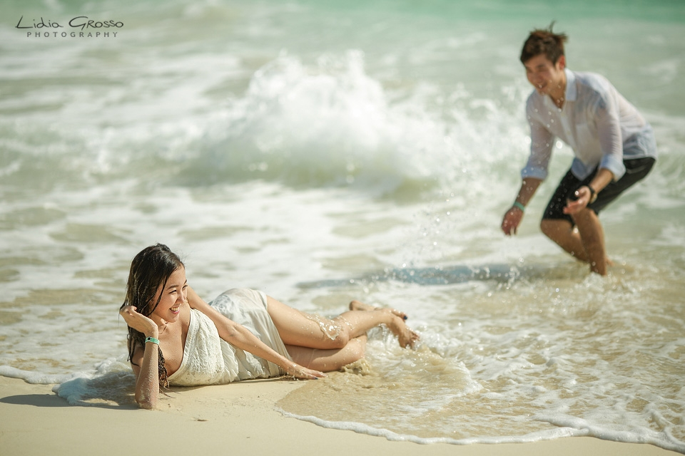 Beach sessions Live Aqua Cancun, Cancun Couples Portraits, Cancun Engagements sessions, beach Portraits Cancun Photographer, Fotografia de Parejas en Cancun y Riviera Maya, Compromisos Cancun, Lidia Grosso Photography