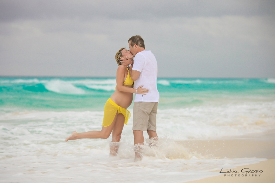 JW Marriott Cancun maternity session, Couples portraits Cancun, engagements sessions Cancun and Riviera Maya, fotografo parejas Cancun, Lidia Grosso Photography