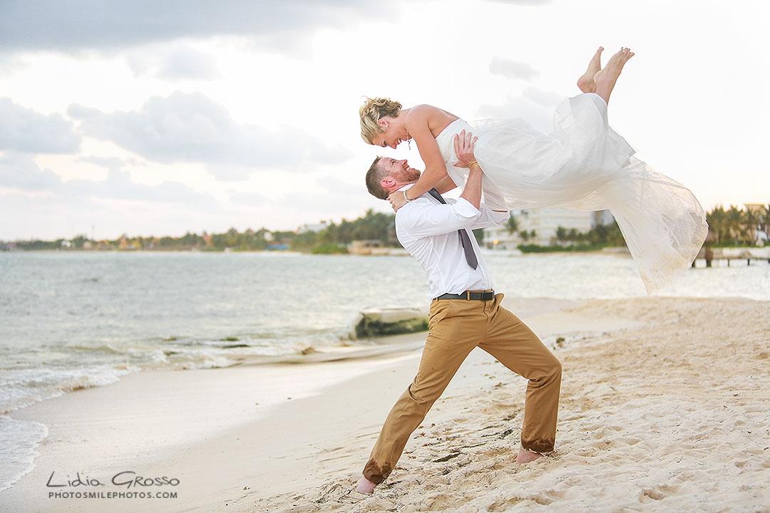 Bee and Scott wedding Secret Silversands