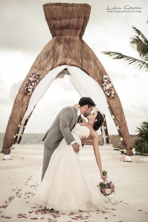 cancun wedding photographer, riviera maya wedding photographer, Dreams Riviera Cancun wedding photographer, Destination wedding photographer, Lidia Grosso Photography, Beach weddings Cancun photos, Wedding photography Mexico