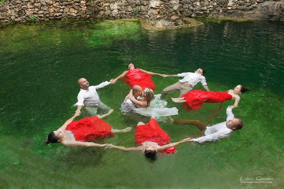 Cenote trash the dress sessions