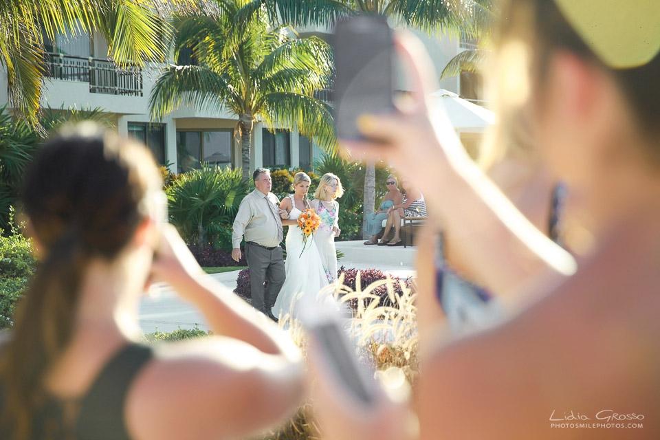 cancun wedding photographer, riviera maya wedding photographer, Dreams Riviera Cancun wedding photographer, Destination wedding photographer, Lidia Grosso Photography, Beach weddings Cancun photos, Wedding photography Mexico, wedding reception pictures Cancun