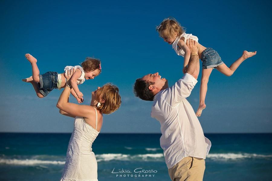 Cancun family portraits Playa Delfines