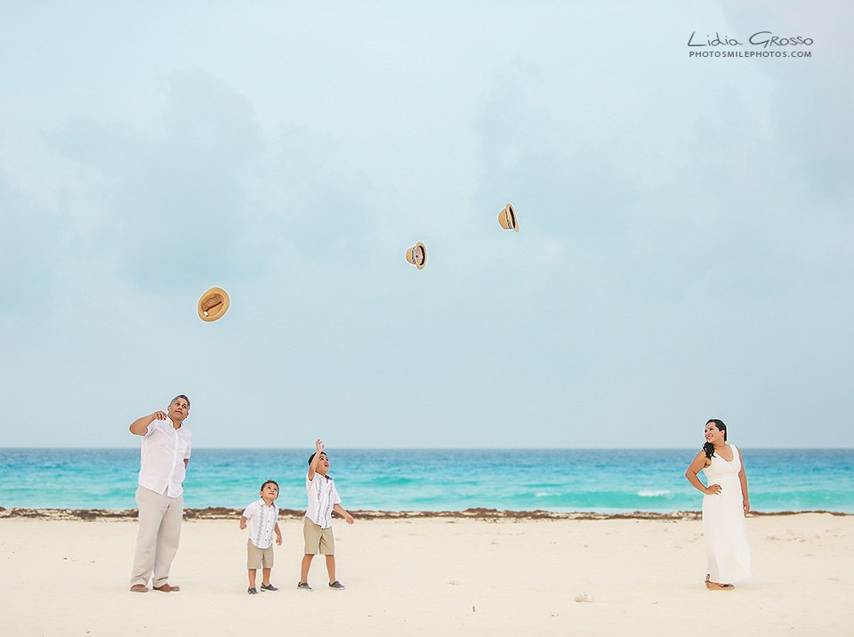 Family pictures Cancun