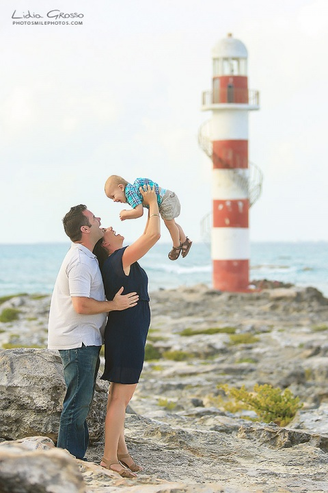 Hyatt Ziva Cancun photographer family portraits