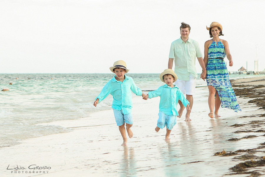 Dreams Riviera Family photographer, Cancun Photographer