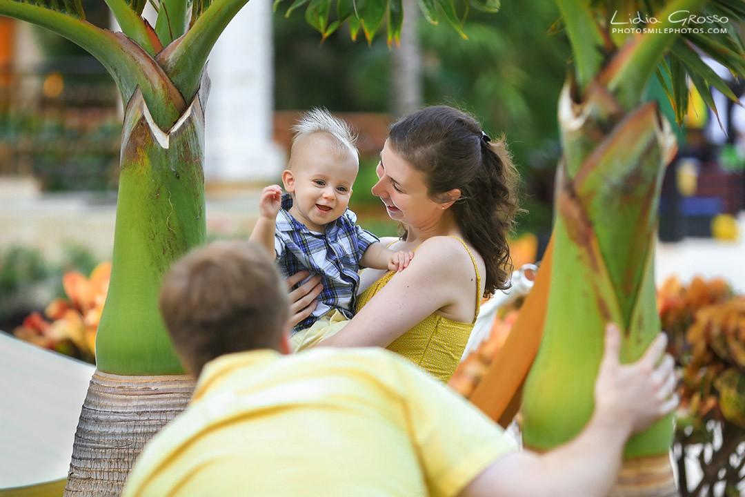 Dreams Riviera Cancun family portrait