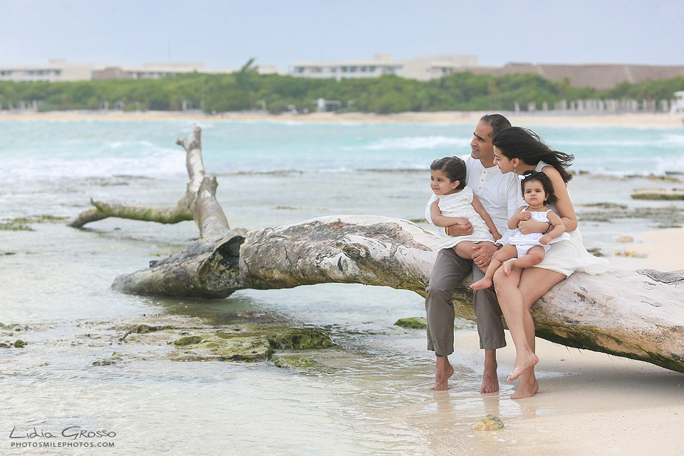 Cancun family portraits Playa Esmeralda