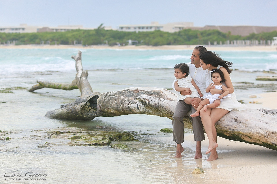 Cancun indian family portraits, Riviera Maya Photographer, Lidia Grosso Photography