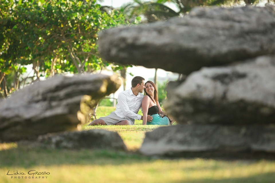Playa delfines engagement sessions Cancun